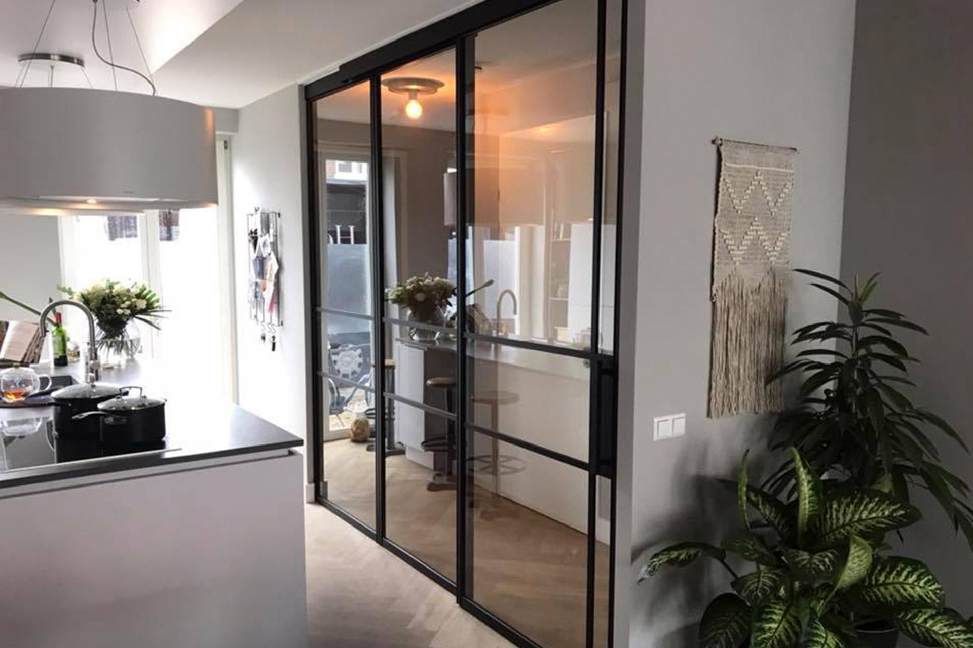 Raamdecoratie Openslaande Deuren : Een kijkje bij onze metalen binnendeuren meijvogel hout