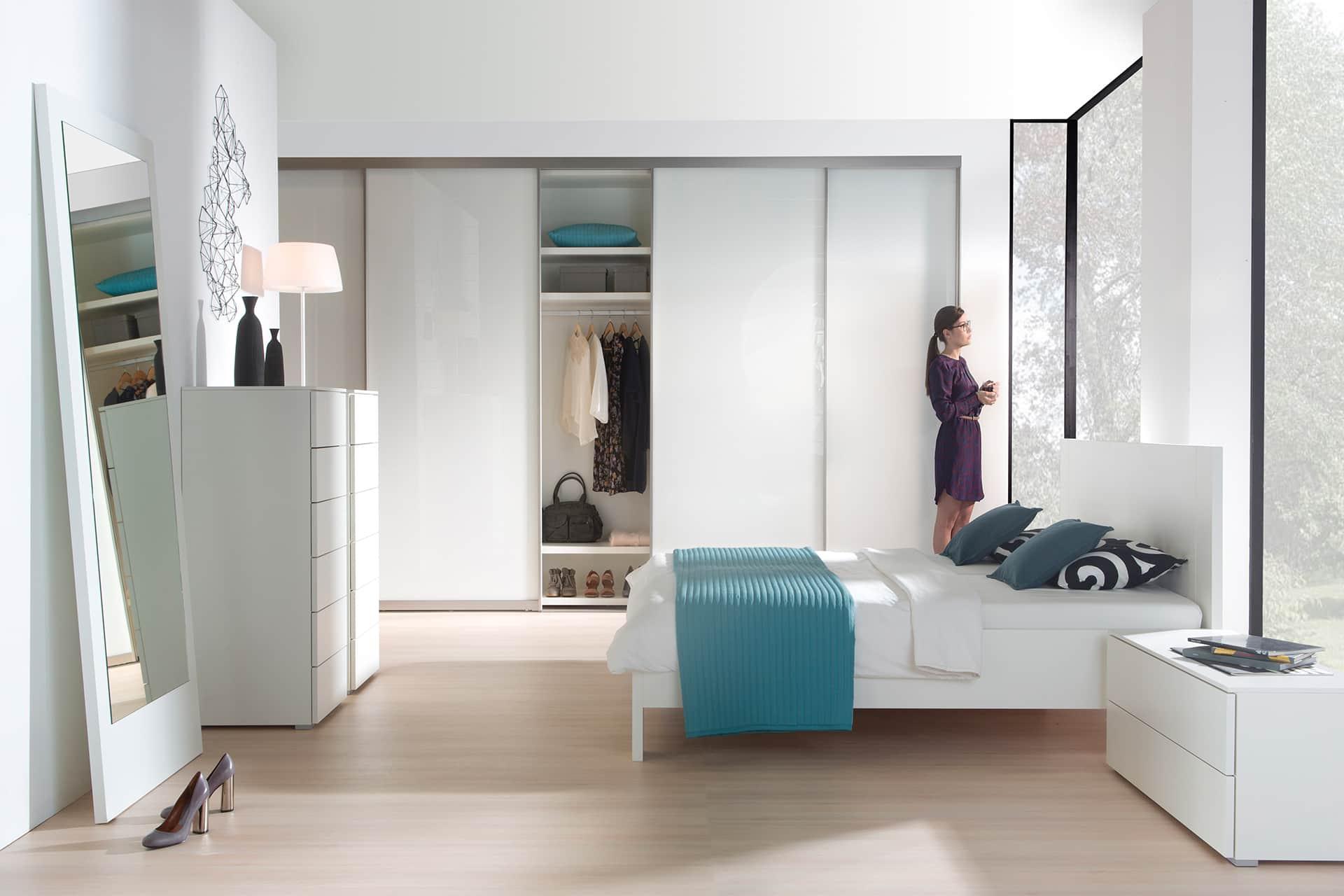Tip voor de slaapkamer; een maatwerk inloopkast | Meijvogel Hout