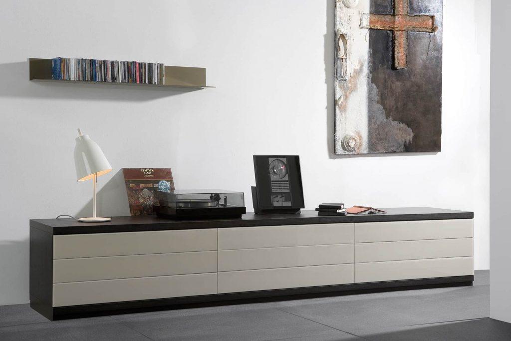 TV-meubel van Meijvogel Hout