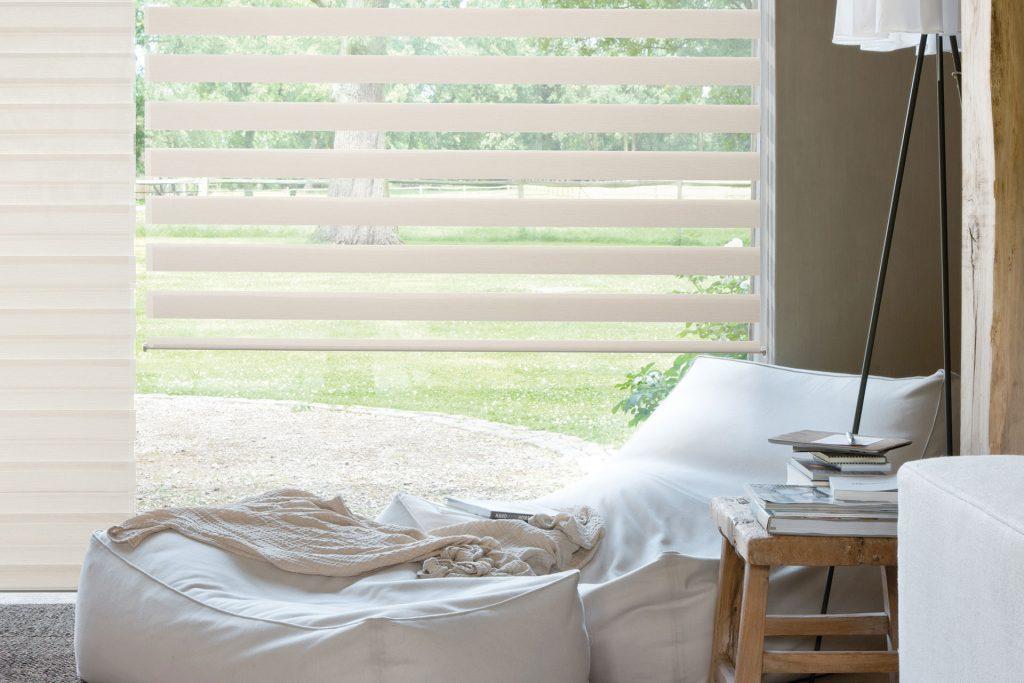 Trend: lichtdoorlatende raamdecoratie